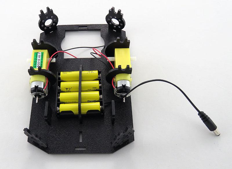 RedBot Basic Kit - koszyk na baterie
